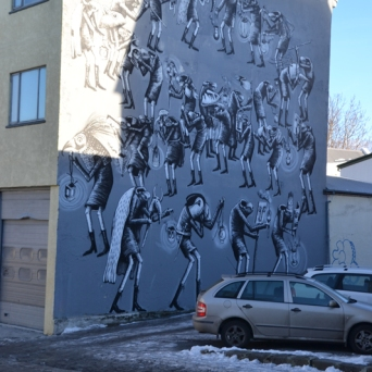 Phlegm collaborated on his wall with MÚM The Band.