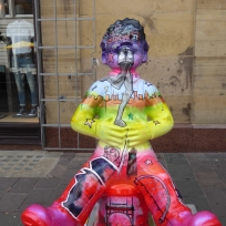 Personalities og Glasgow by Kris McKinnon on John Street