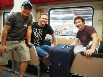 Chao, Simon & Oggy