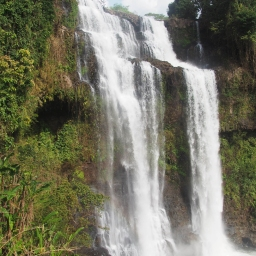 #10 Tad Yuang Falls (6)