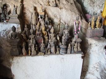 #3 Pak Ou Caves (6)
