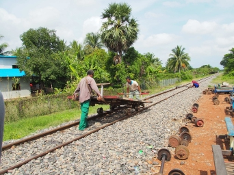 #9 Bamboo Railway (3)